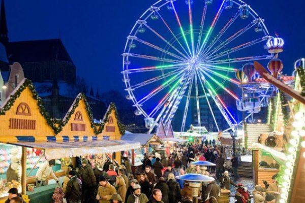 weihnachtsmarkt-rostock-f5d5cdbe